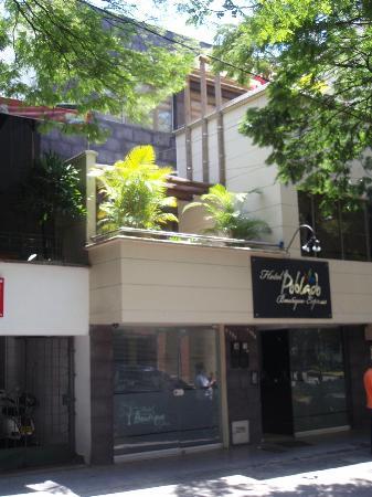 Hotel Poblado Boutique Express: Voorzijde