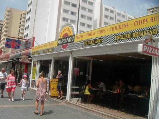 Snack Bar Mariano's: Marianos Benidorm