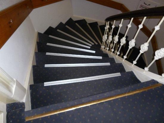 Novum Hotel Alster Hamburg St. Georg: Flight of steps (continued).