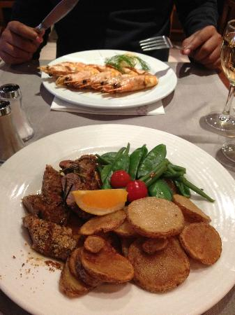 Georges Opera : The Succulent Prawns and Flavourful Lamb