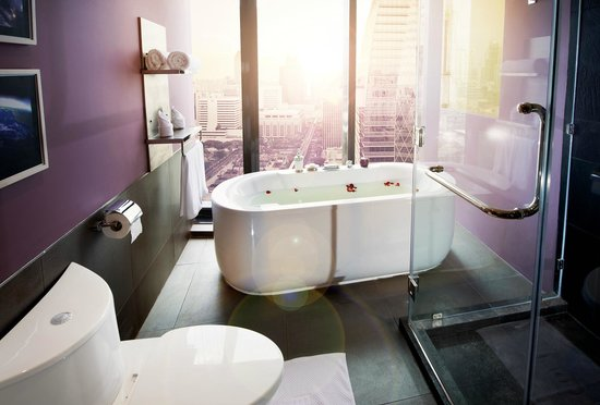 The Continent Hotel Bangkok by Compass Hospitality: Junior Suite Bathtub - Space Theme (Mock-up room)