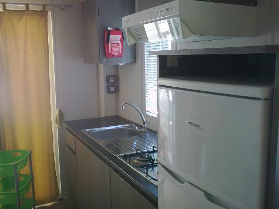 Villaggio Odissea: gli interni nuovi della mobile home palinuro in cui ho soggiornato