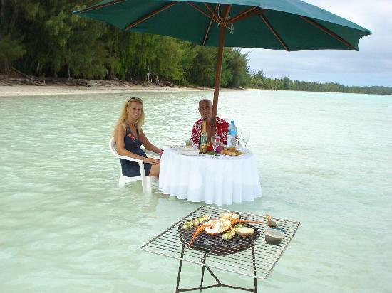 Bora Bora Pearl Beach Resort & Spa: private dinner during the private