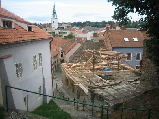 EA Hotel Joseph 1699: Part of the old city and an old building being renovated