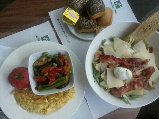 Holiday Inn Lille Ouest Englos : Tr?s bon room service !