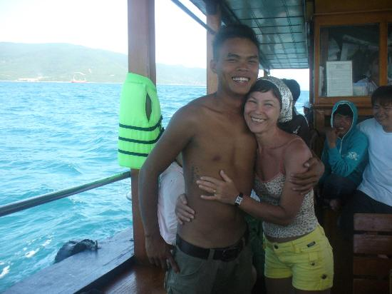 Turtle Dive : my instructor in diving))