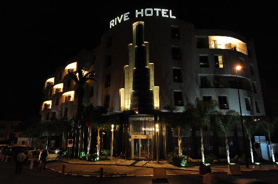 Rive Hotel: Rive hôtel by night