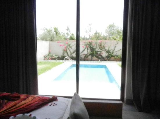 Chambre avec vue sur la piscine privée - Picture of Sirayane ...