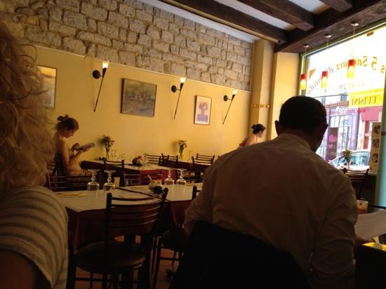 les cinq saveurs d 39 anada paris quartier latin restaurant reviews phone number photos. Black Bedroom Furniture Sets. Home Design Ideas