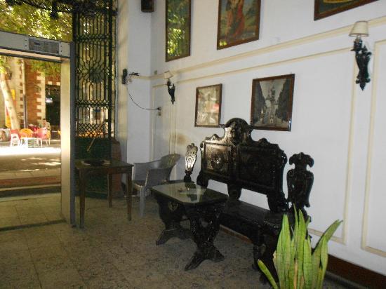 Windsor Hotel Cairo: Foyer