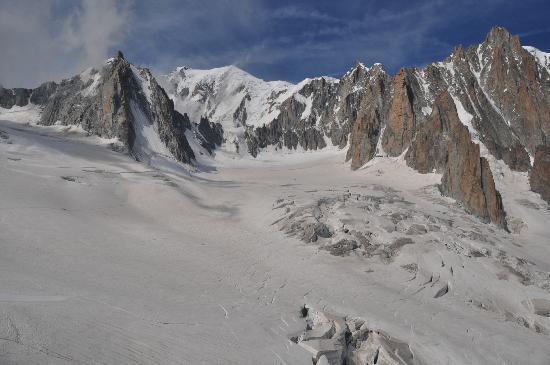 Aiguille du Midi: survol de la vallée blanche 2