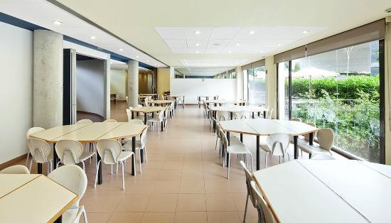 Comedor - Picture of Residencia Universitaria Sarria, Barcelona ...