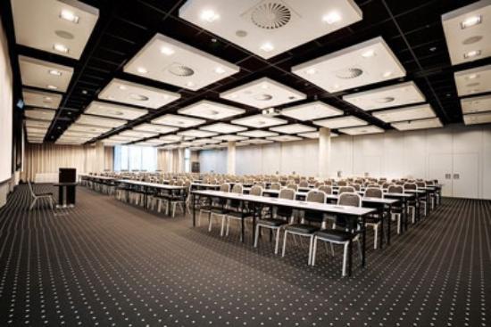 NH Bratislava Gate One: Meeting Room, NH Gate One