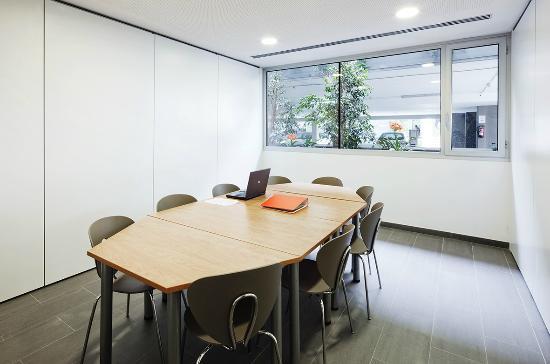 Residencia Universitaria Sarria: Sala de trabajo