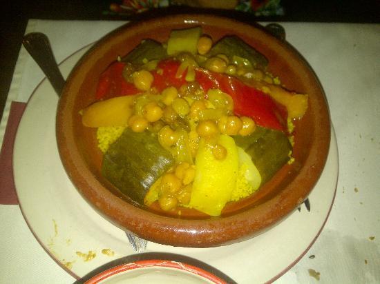 Restaurante Souk: Cous Cous de Verduras y Pollo