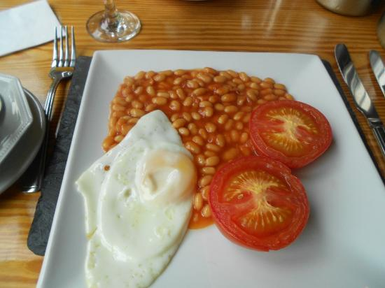 Ty Mawr Hotel: The breakfast was ok, but maybe I should have chosen something else.