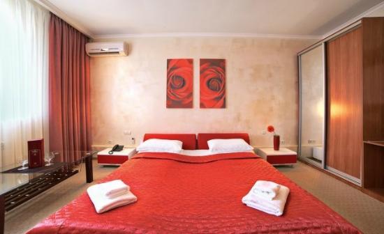 Hotel Marinara: half/luks