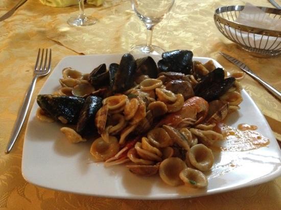 Trattoria Pizzeria Piazza Imbriani: sembrava buono.... maaaa