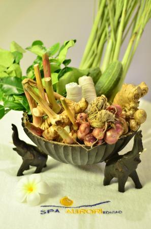 Spa Aurori: Thai Herbs