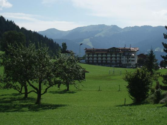 Landhotel Tirolerhof: View of hotel walking from Niederau