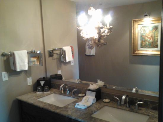 The Bohemian Hotel Savannah Riverfront, Autograph Collection: Bath- Double Sinks!