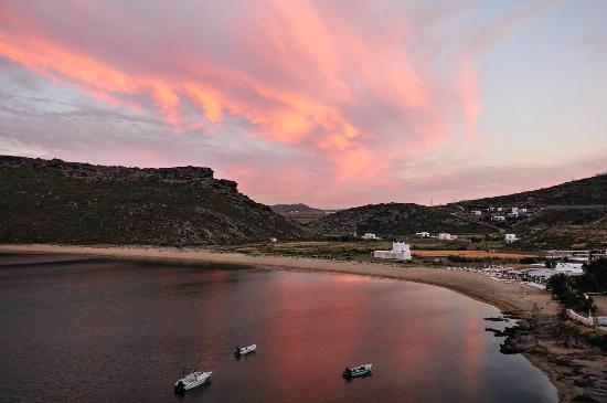 Panormos Village: tramonto dal ristorante