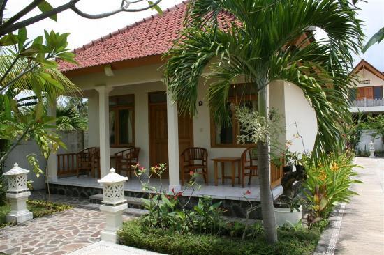 Starlight Villas and Restaurant : Starlight Restaurant and Bubgalows in Lovina, Bali
