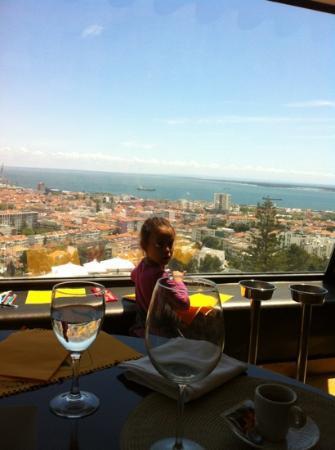 Hotel do Sado Business & Nature: Nice view from 8th floor restaurante!
