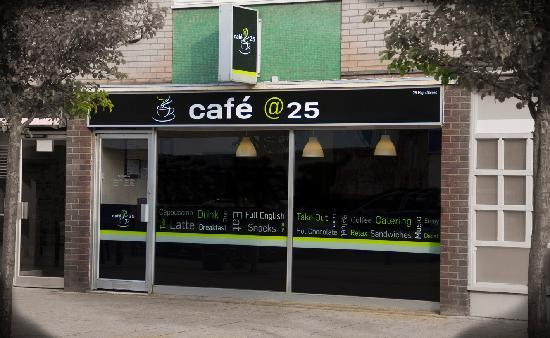 Cafe @25
