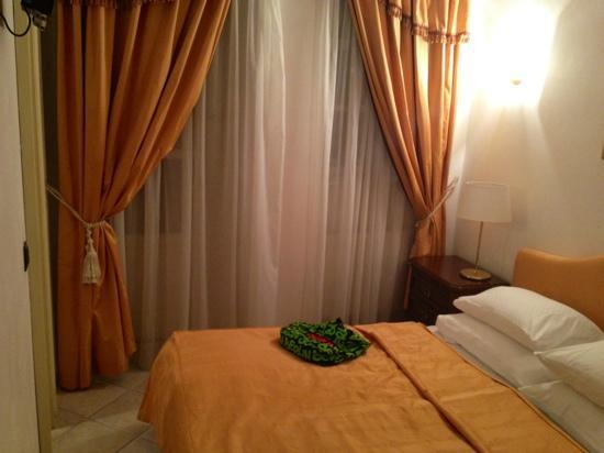 Hotel Residence Retezova: bedroom