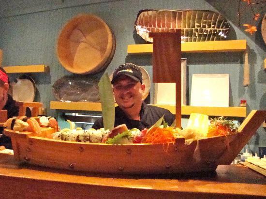 Kaiyo Grill : Emilio's mega sushi creation.