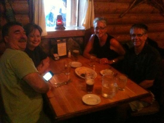 Rams Horn Village Resort: great place for dinner with friends