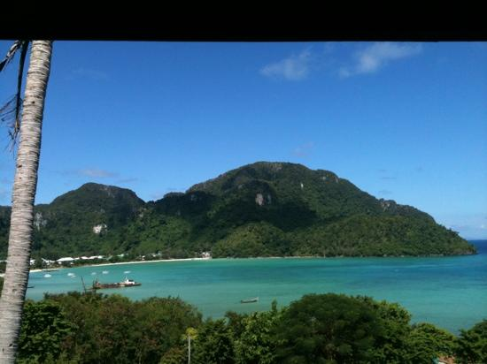 Phi Phi ViewPoint Resort: view from hilltop fan bungalow
