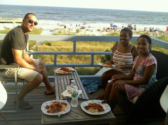 Dune Point: Dinner on deck