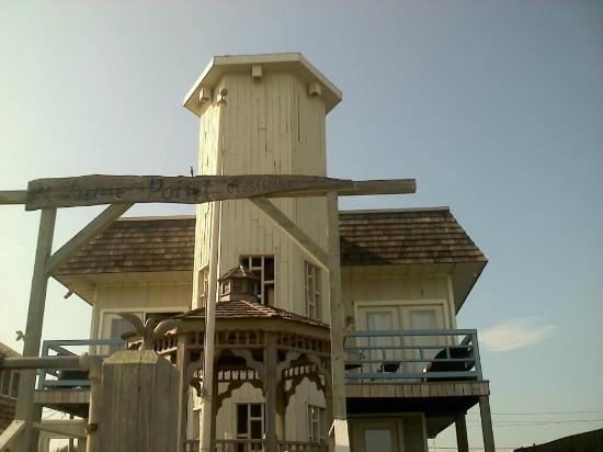 Dune Point: Hotel