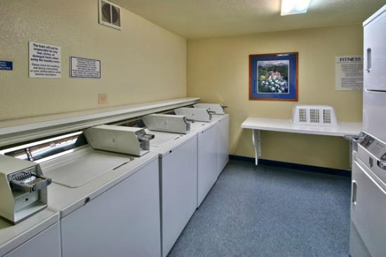 MCM Elegante Suites: Complimentary Laundry Room