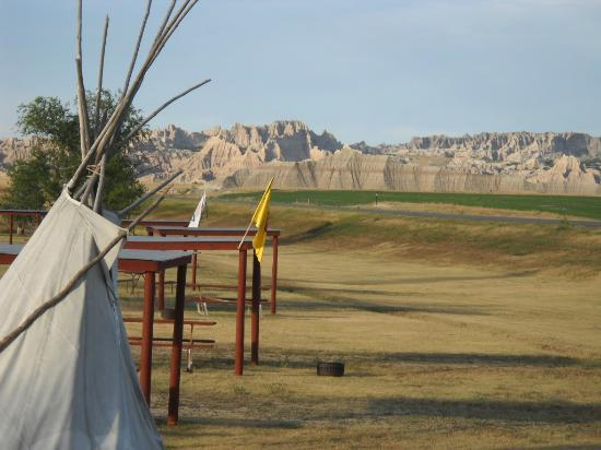 Badlands Interior Motel and Campground: View from Motel