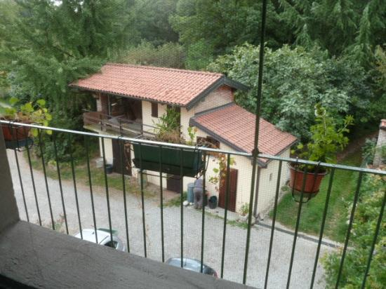 Cascina Cesarina B&B: View from room