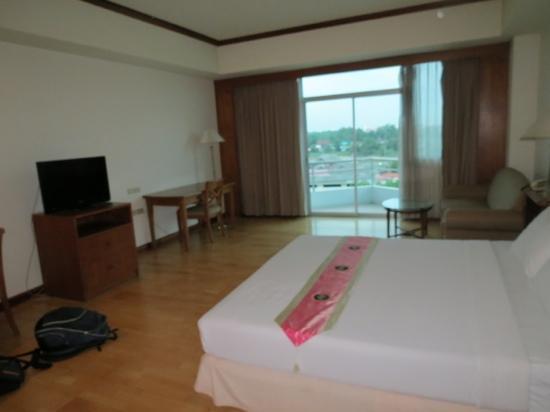 River View Place Hotel : zeeer ruime kamer!