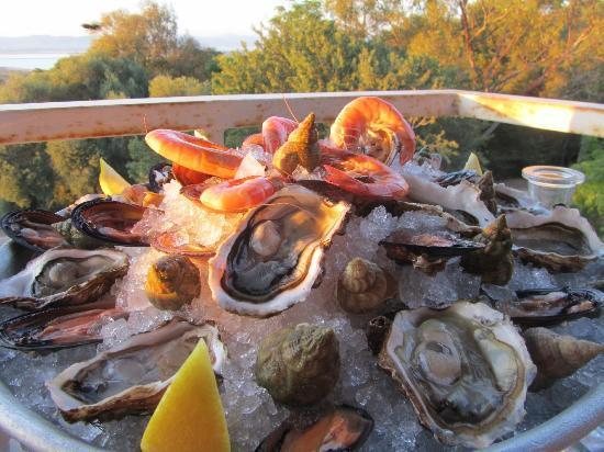 Restaurant Grand Baie : Coquillages en folie (à volontè)