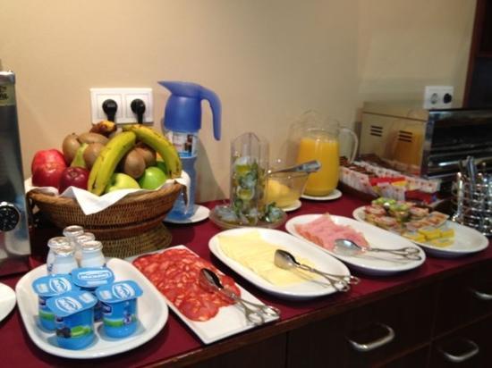 Hotel Mirador de Belvis: Desayuno de campeones