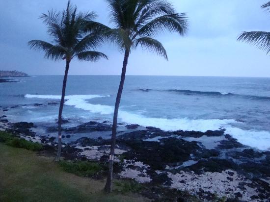 Kona Reef Resort: Beach view fron Lanai