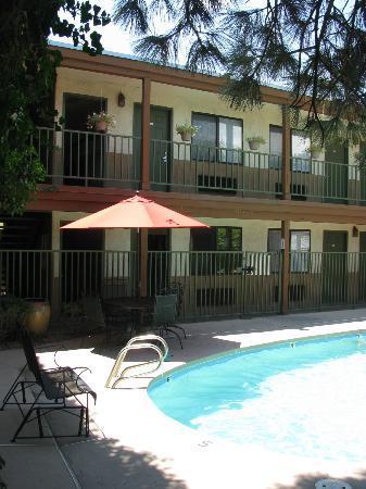Santa Fe Sage Inn: pool