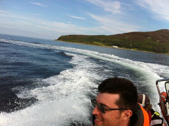 Ocean Breeze Rib Tours: The rib heads home leaving a wake in it's trail as it builds speed