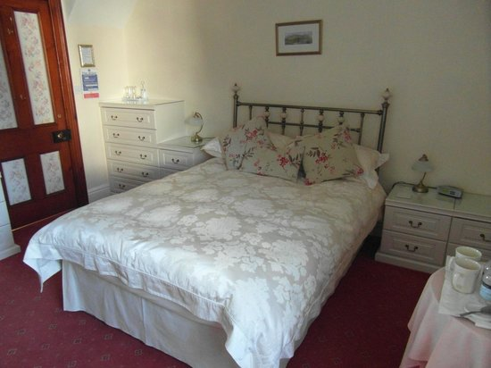 Abacourt Guest House:                   Bedroom No3