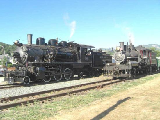 Oregon Coast Scenic Railroad Steam Engines