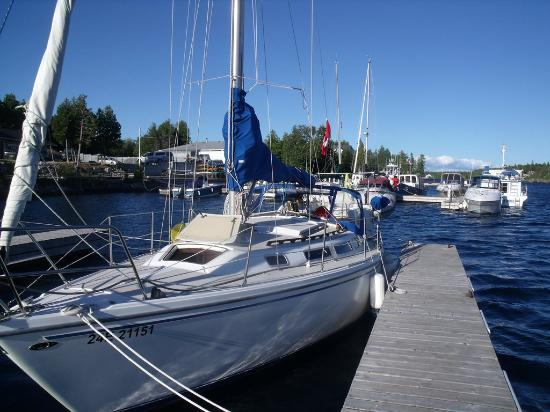 Big Tub Harbour Resort: Dock