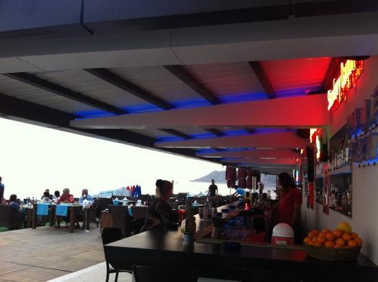 Palmiye Beach Hotel: palmiye beach bar