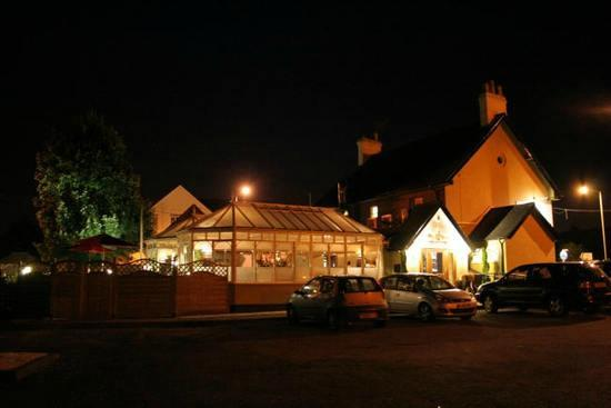 Royal Siam Restaurant and Bar: Excellent night view