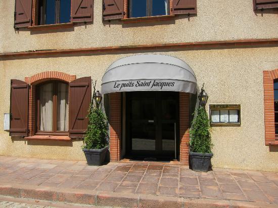 Le Puits Saint Jacques: facade